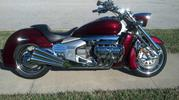 2004 Honda Valkyrie 18, 965 miles on it..