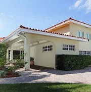 Cost-effective roof pressure cleaning in Miami